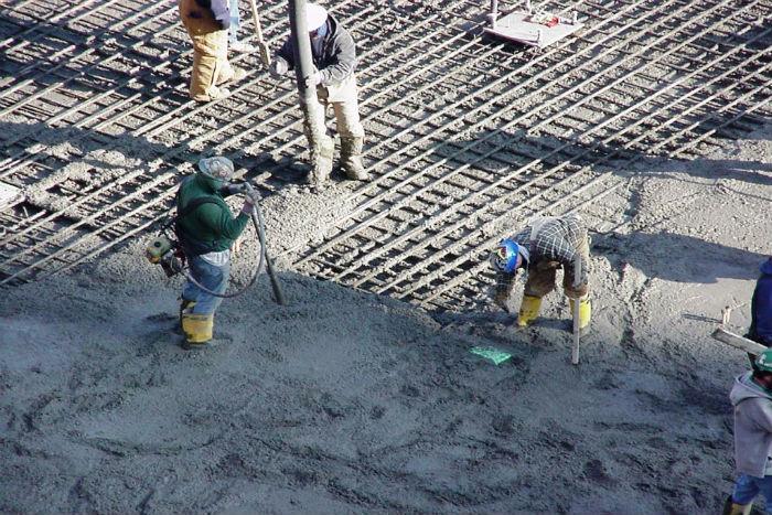 California Concrete Pump Rental Rates, Best concrete pumping contractor services Escondido Ca, residential, commercial, industrial concrete, shotcrete cement pump jobs