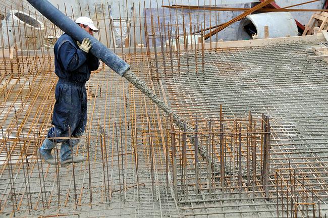 Cement Pump California, Best concrete pumping contractor services Winter Gardens Ca, residential, commercial, industrial concrete, shotcrete cement pump jobs